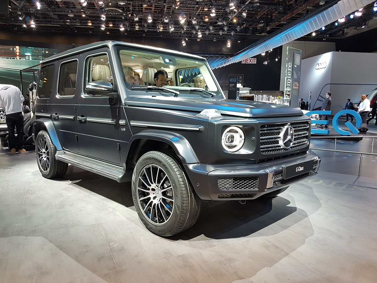 the 2019 mercedes g class more capability less weight motor illustrated. Black Bedroom Furniture Sets. Home Design Ideas