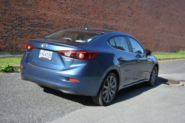 2018 Mazda3 GT sedan
