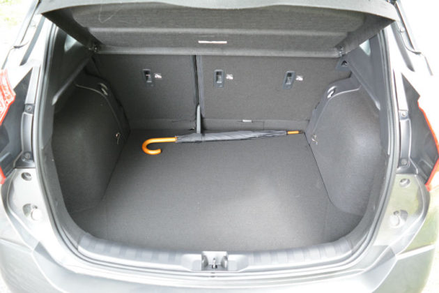 Nissan Kicks trunk