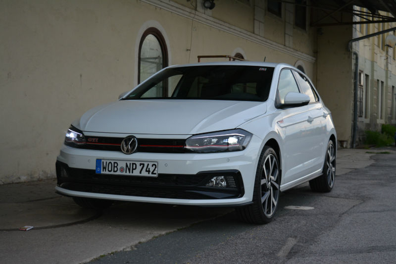 first road test 2018 volkswagen polo gti motor illustrated. Black Bedroom Furniture Sets. Home Design Ideas