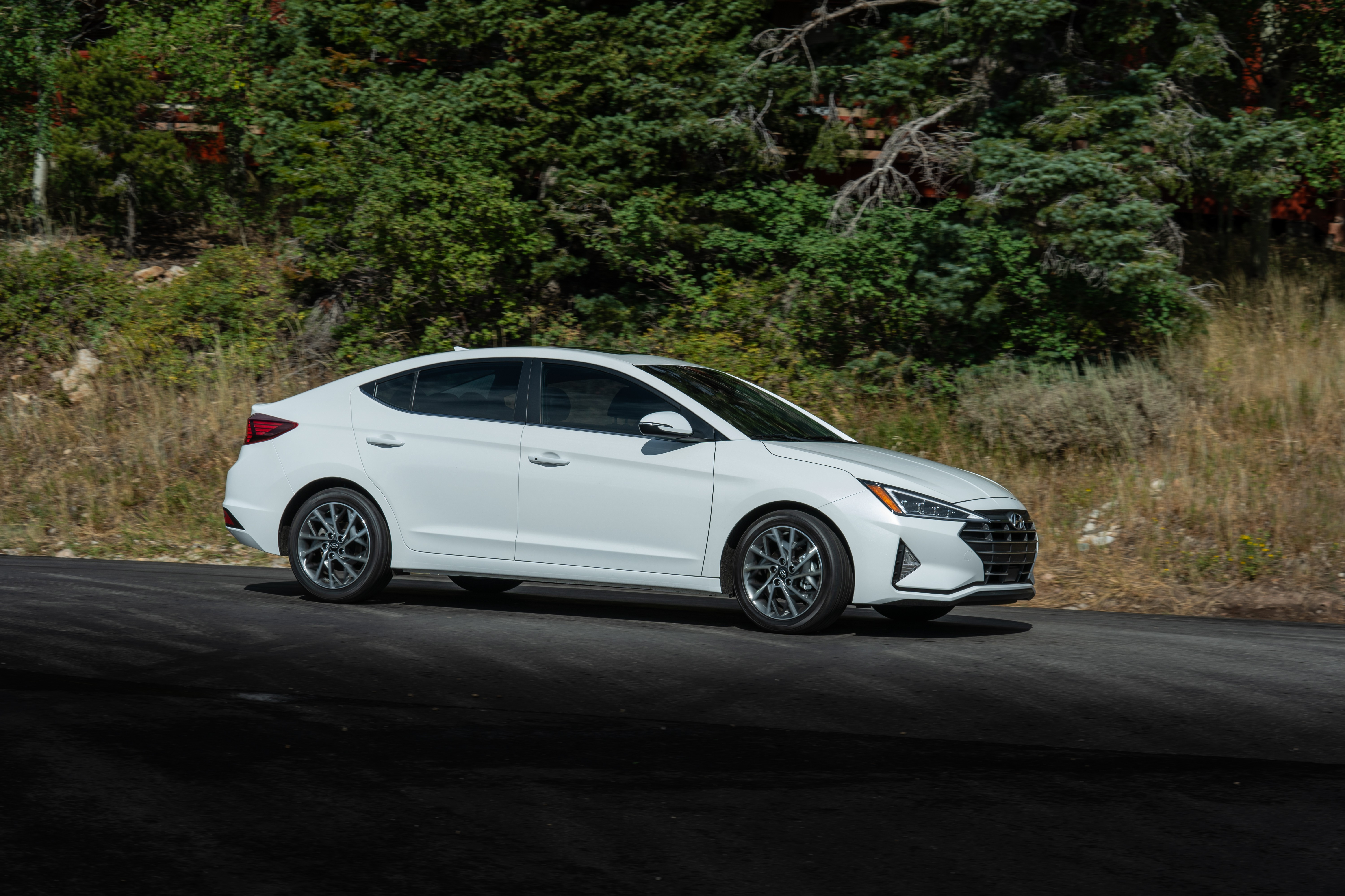 2019 Hyundai Elantra Preview - Motor Illustrated
