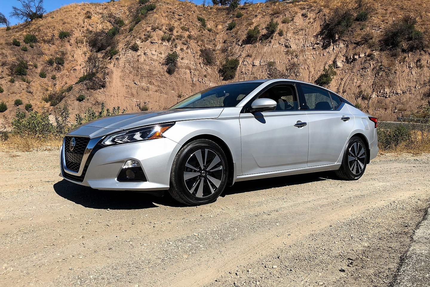 2019 Nissan Altima First Review - Motor Illustrated
