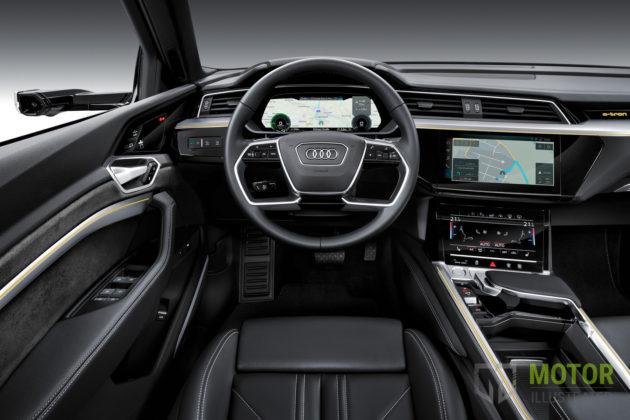 2019 Audi e-tron cockpit
