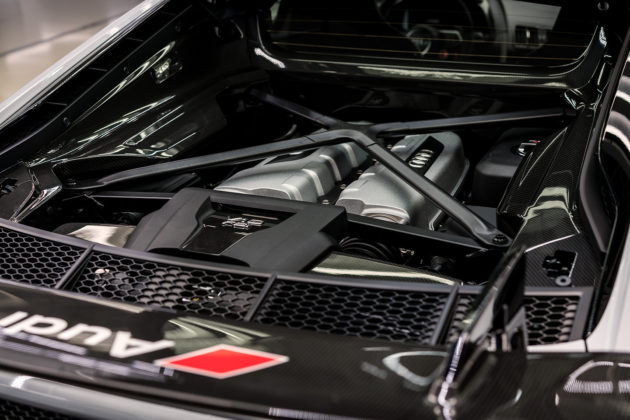 2018 Audi R8 V10 plus Coupe Competition package engine