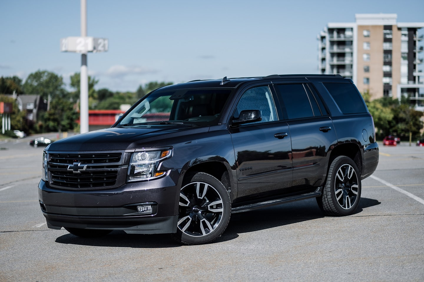 2019 Ford Expedition vs 2019 Chevrolet Tahoe Quick ...