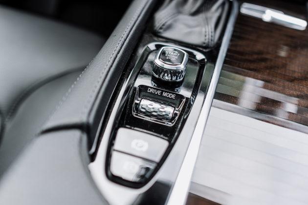 2018 Volvo XC90 T6