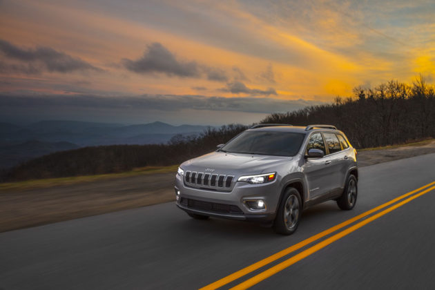 2019 Jeep Cherokee at a glance