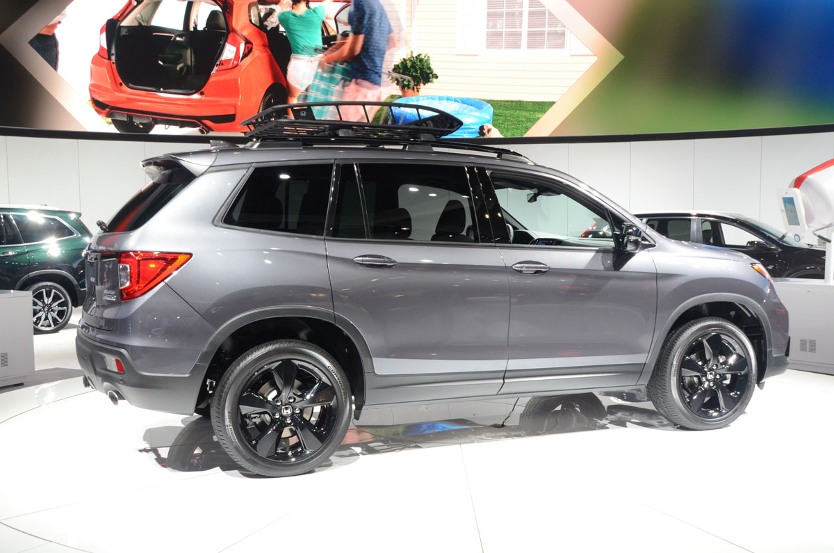 Honda Pilot 2018 >> LA Auto Show 2018 : 2020 Honda Passport is Quietly Born - Motor Illustrated