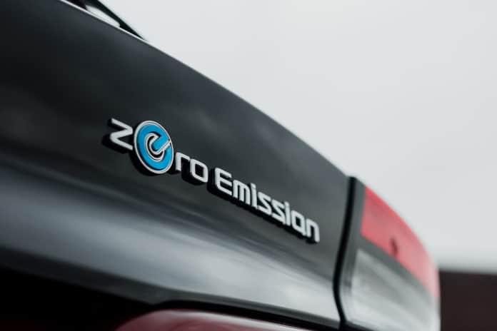 2018 Nissan LEAF Zero Emission Badge