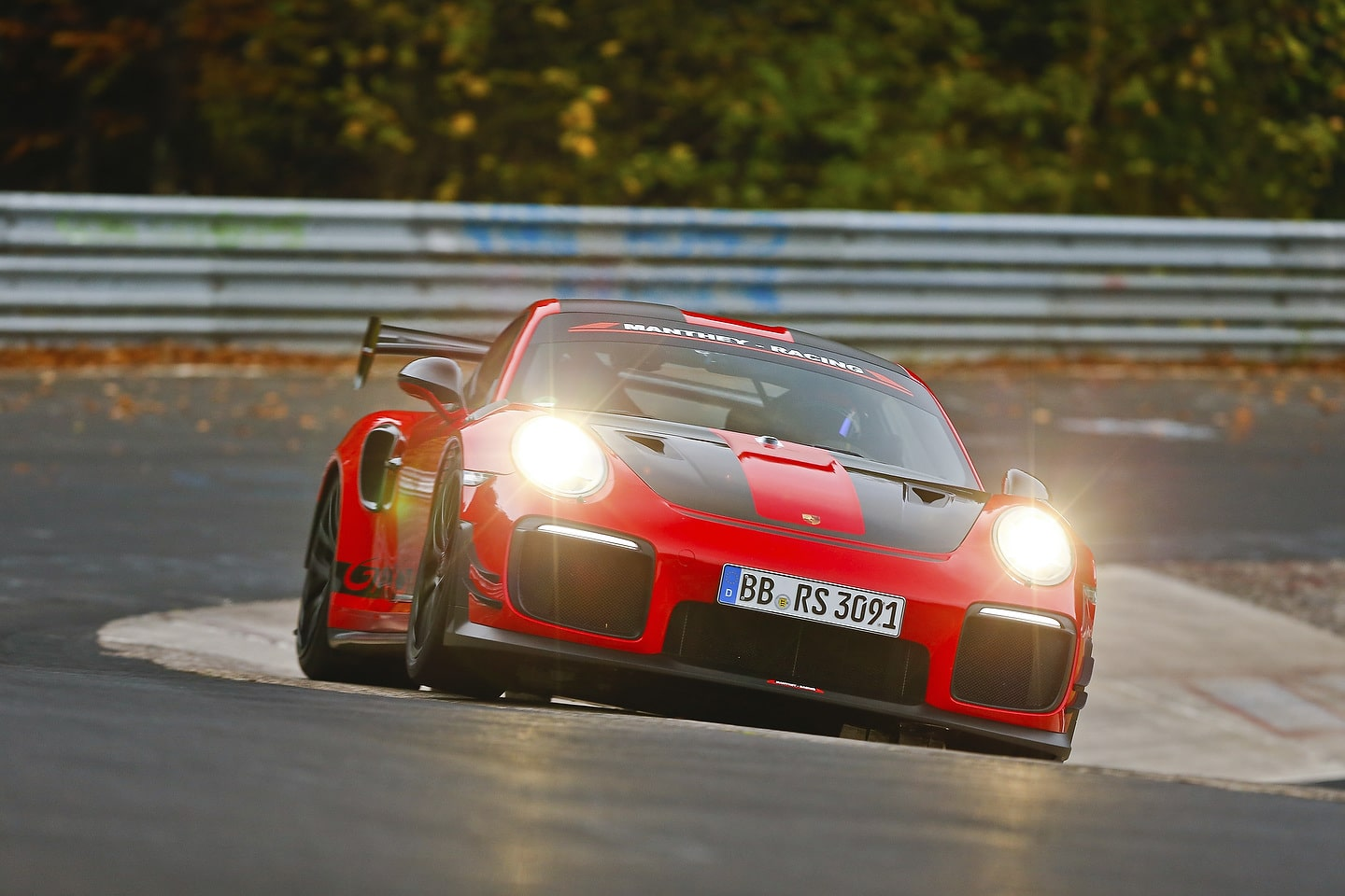 Porsche 911 GT2 RS MR sets a new record on the NŸrburgring-Nordschleife