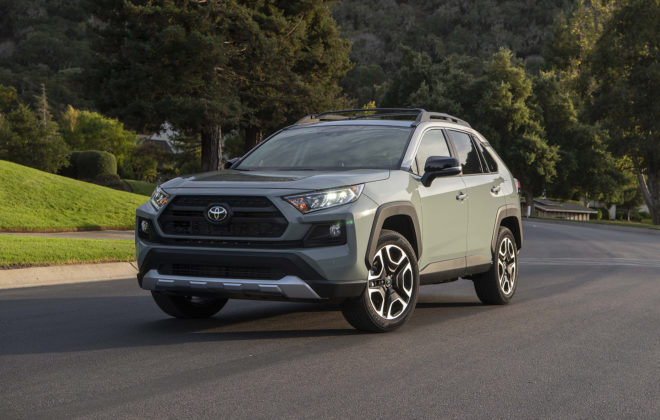 2019 Toyota RAV4 TRAIL Version