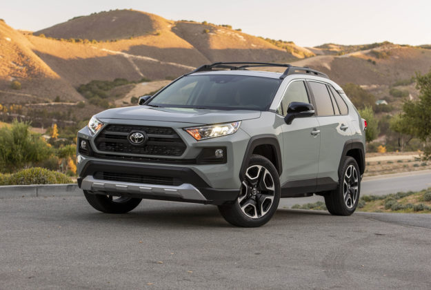 2020 Ford Escape vs 2019 Toyota RAV4