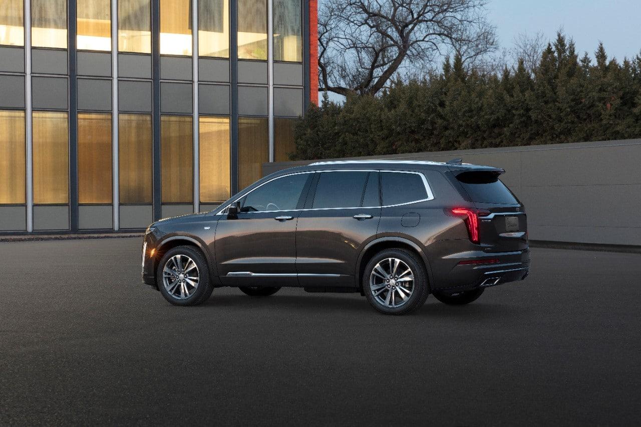 Behold The New 2020 Cadillac Xt6 Three Row Suv Motor Illustrated
