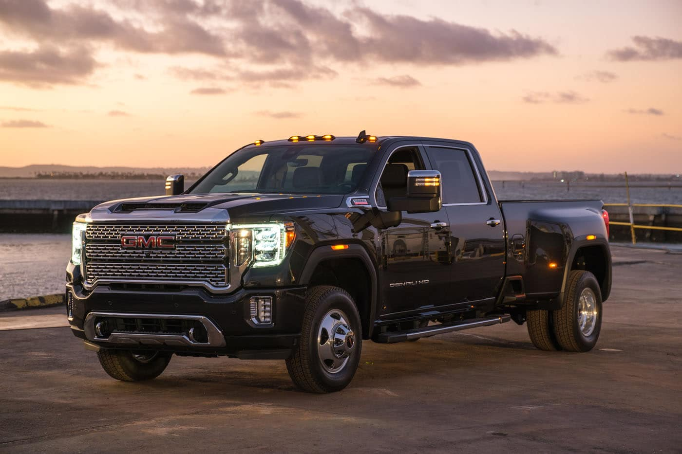 5 Questions About The 2020 GMC Sierra HD Answered - Motor ...