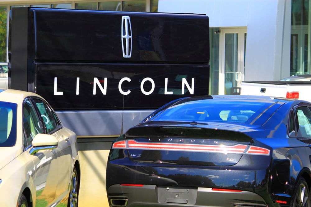 Best-selling Premium Brands in the US - Lincoln