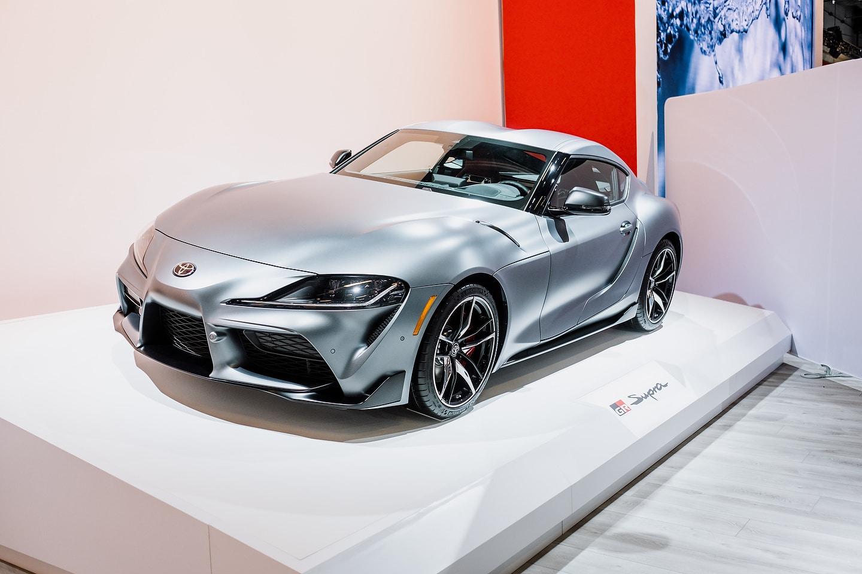 2020 Toyota Supra Vs 2019 Chevrolet Corvette Spec