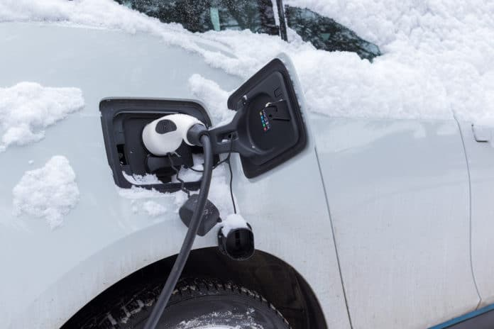 Charging electric car in winter time