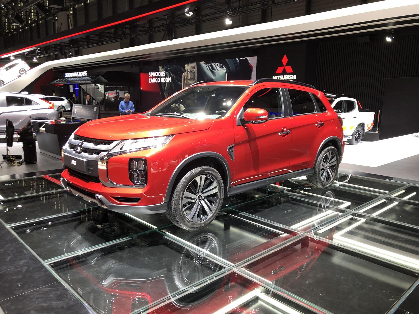 2020 Mitsubishi RVR
