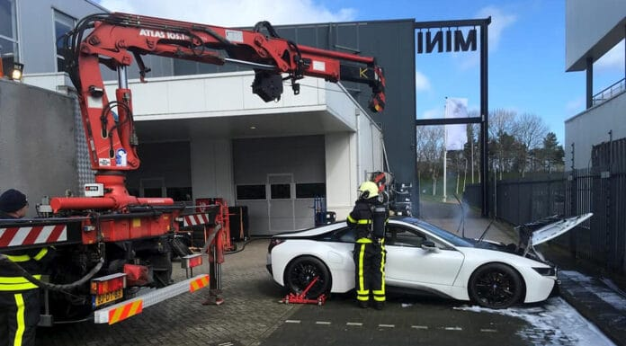 BMW i8 on fire in the Netherlands