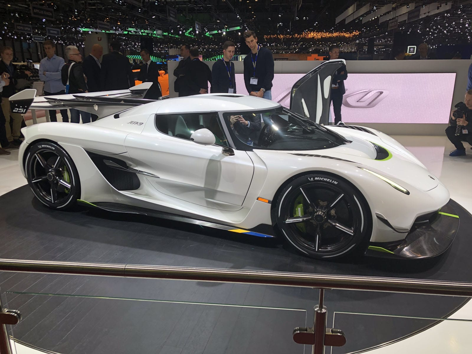 The Koenigsegg Jesko Will Be The World S First 300 Mph Car