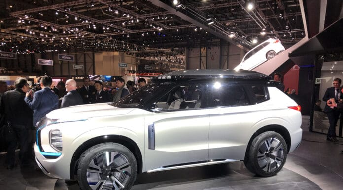 Mitsubishi Engelberg Tourer Geneva Motor Show 5