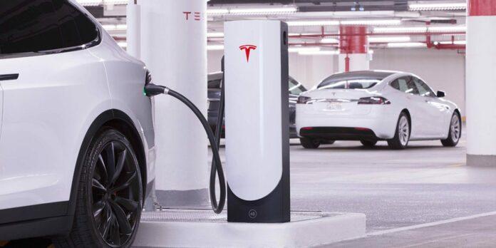 Tesla V3 Supercharging