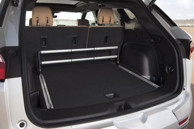 Chevrolet Blazer trunk