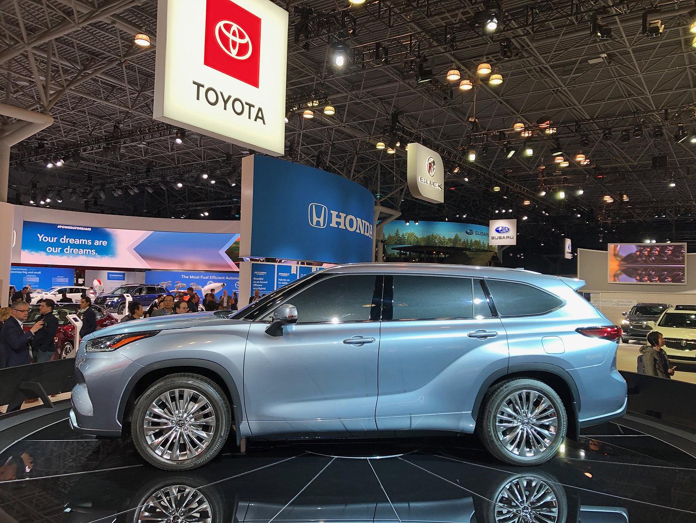 New Honda Pilot >> 2020 Toyota Highlander vs 2019 Honda Pilot Spec Comparison ...