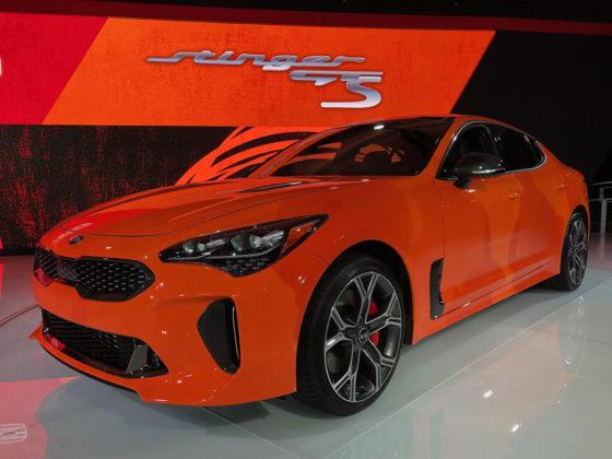 2020 Kia Stinger GTS and Kia HabaNiro Concept