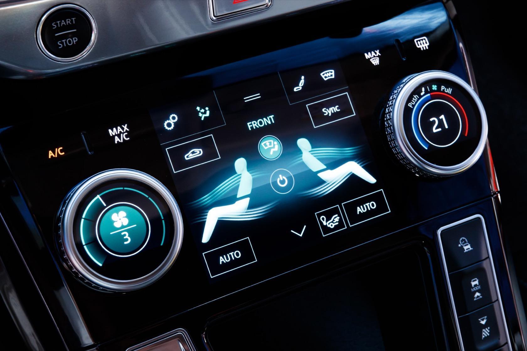 Jaguar I-Pace infotainment system