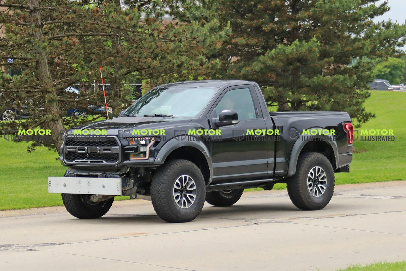 New Ford Bronco Mule Spotted Disguised As An F 150 Raptor