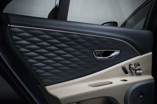 Flying Spur three-dimensional diamond quilted leather door inserts