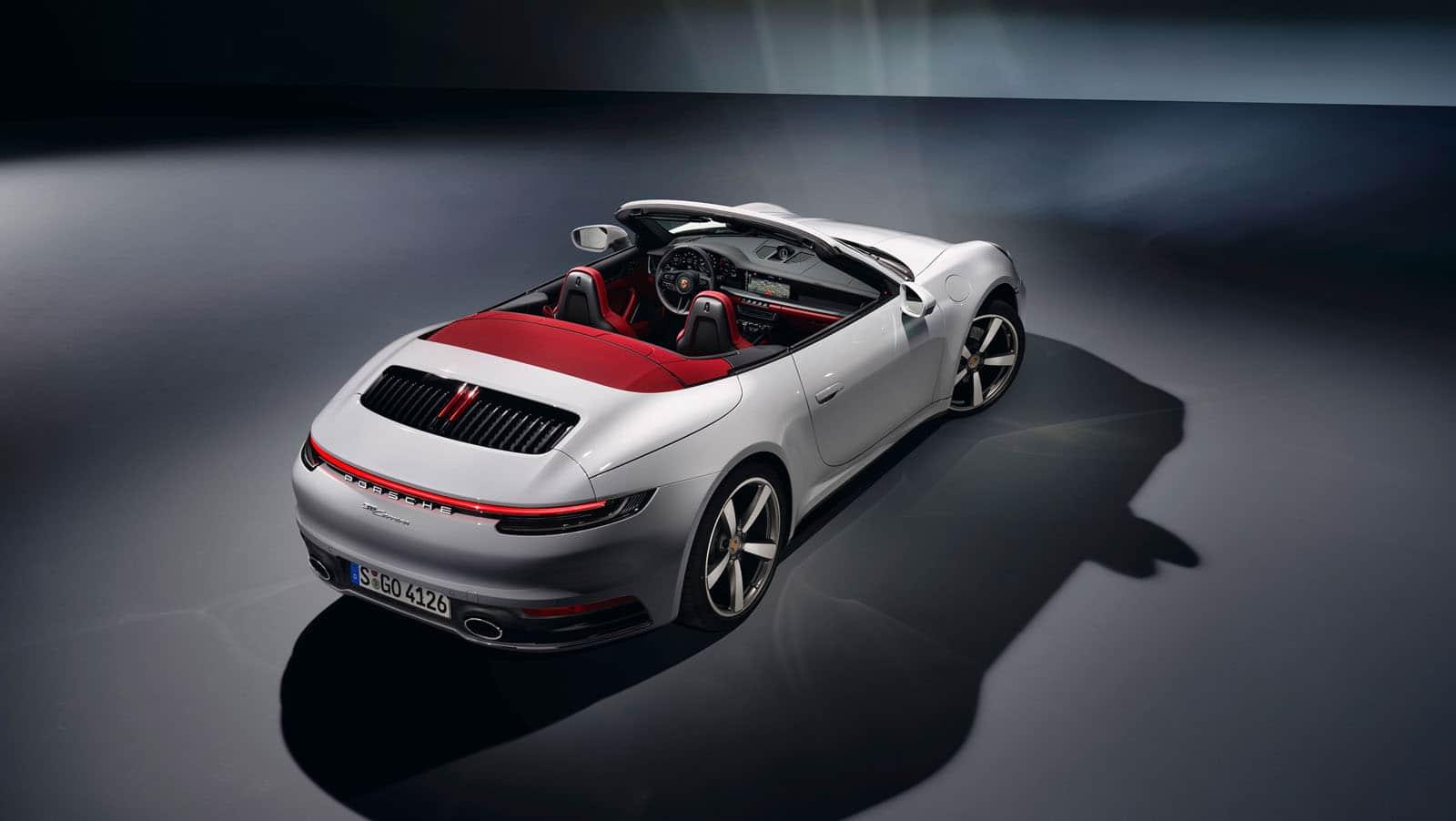 New Porsche 911 Carrera Coupé and Carrera Cabriolet