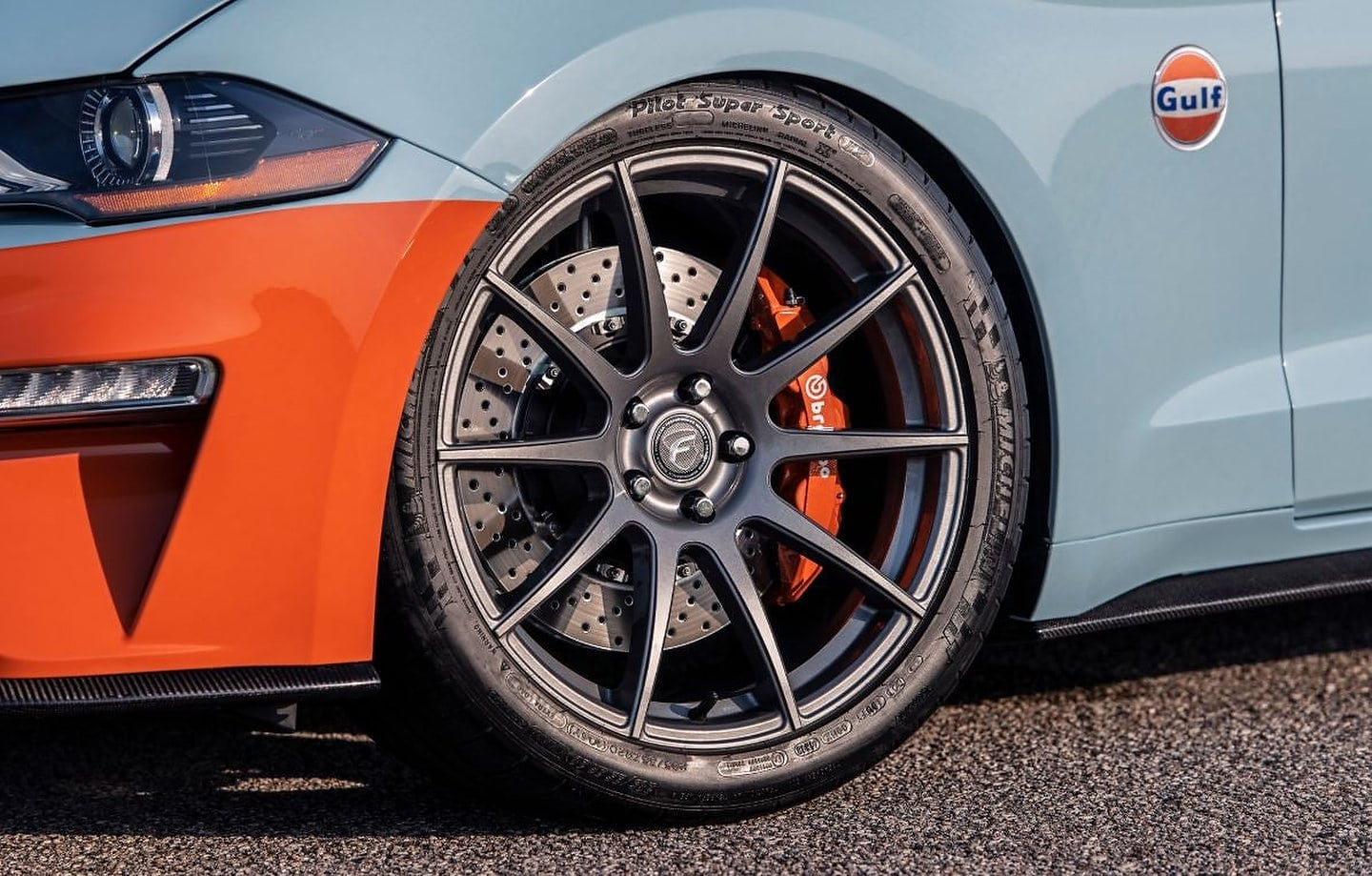 2019 Gulf Heritage Edition Ford Mustang by Brown Lee Performance