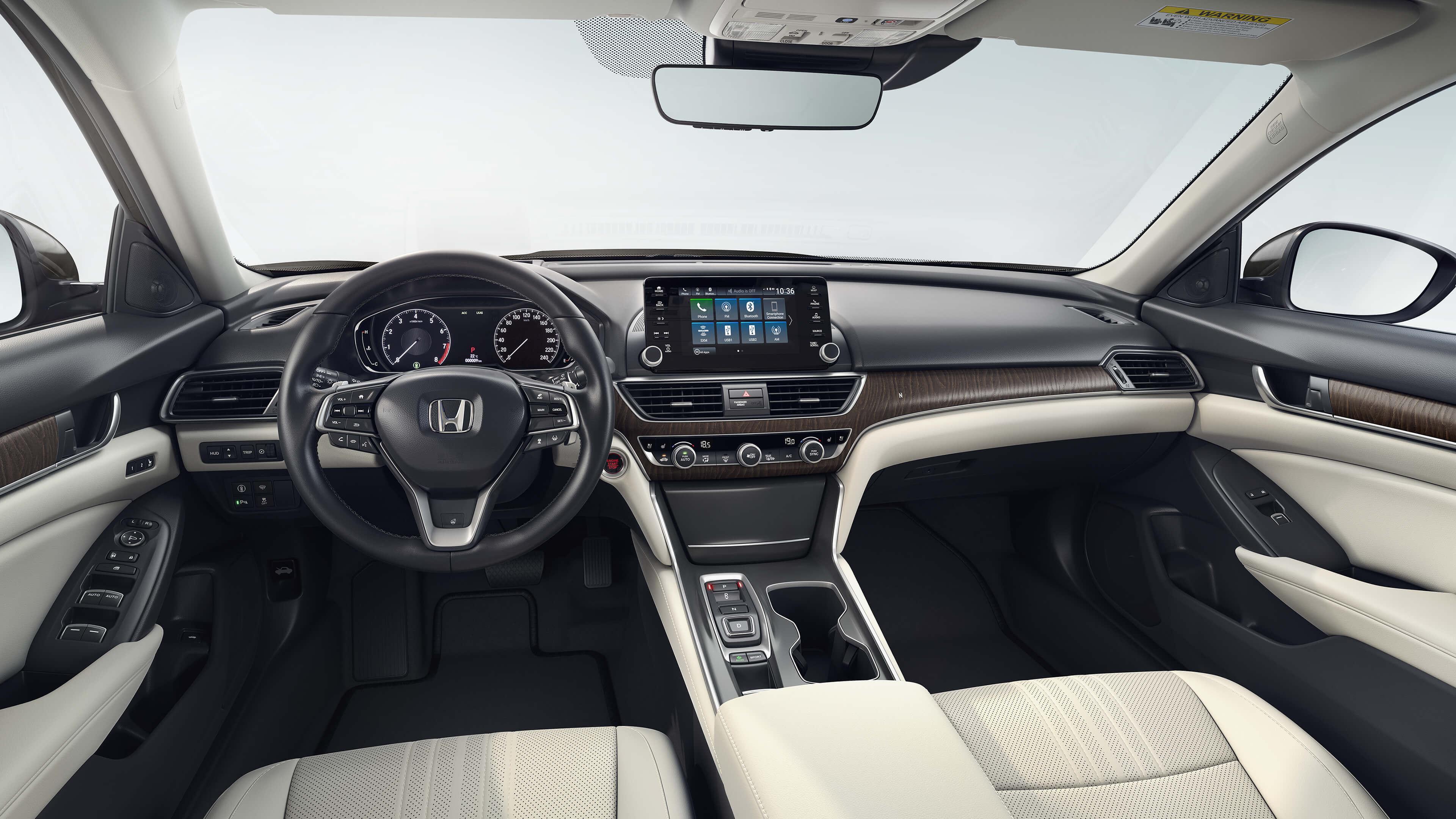 2019 Honda Accord interior 2