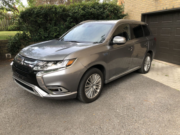 Living With The 2019 Mitsubishi Outlander PHEV Part 1