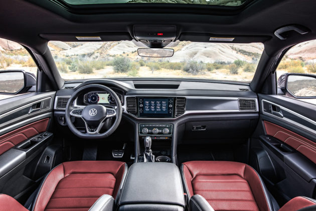 2020 Volkswagen Cross Sport interior
