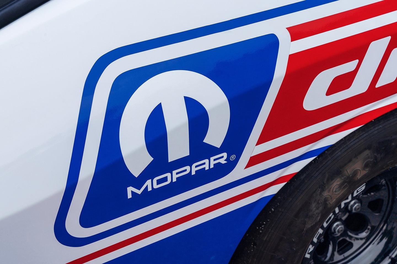 2020 Mopar Dodge Challenger Drag Pak Rumbles Into Sema
