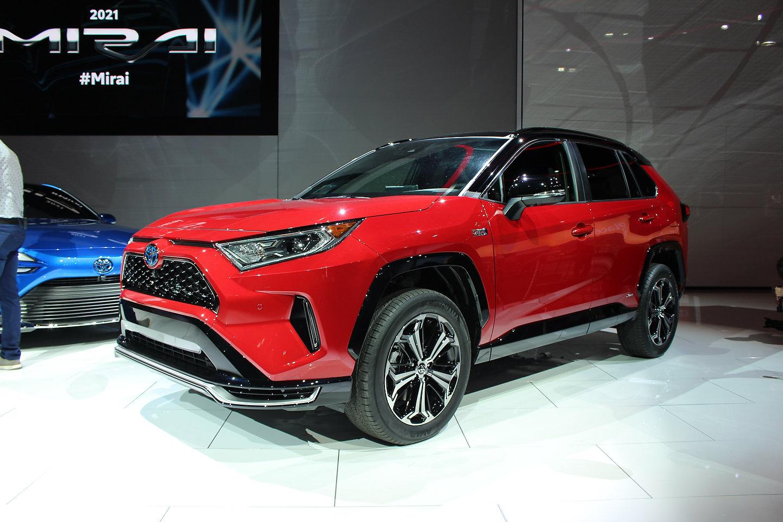 Electric Car Comparison >> New 2021 Toyota RAV4 Prime: A 302-hp Super SUV Breaks ...