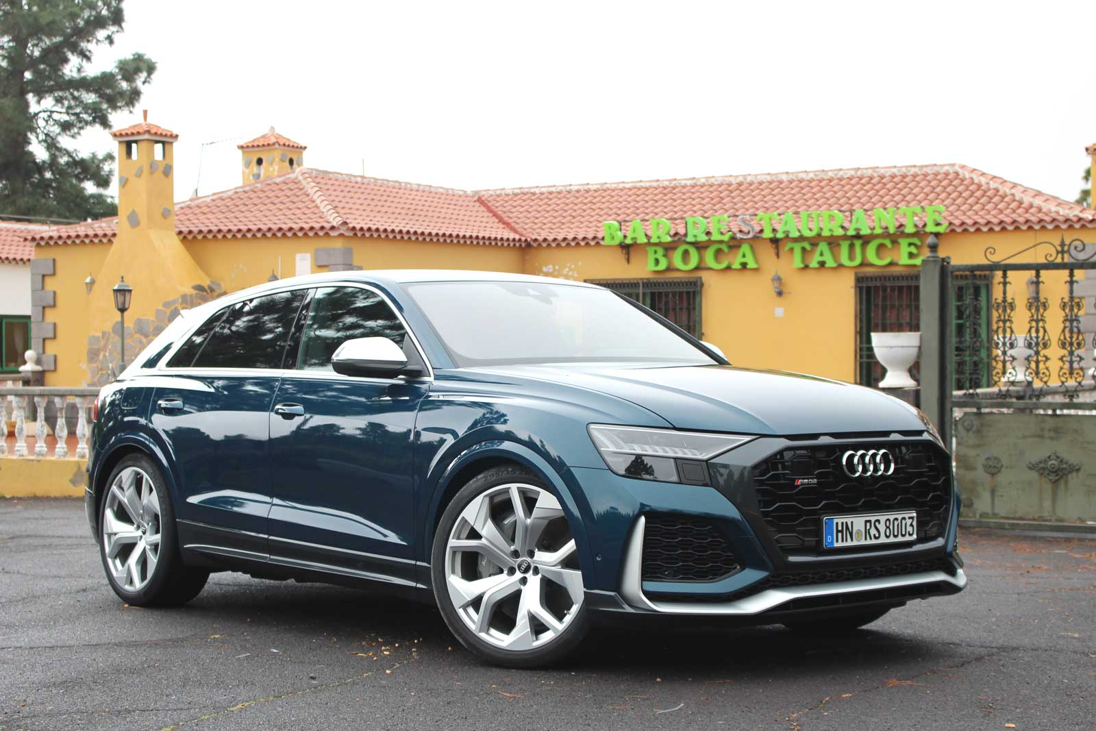 2021 audi rs q8 all performance no bull  motor illustrated