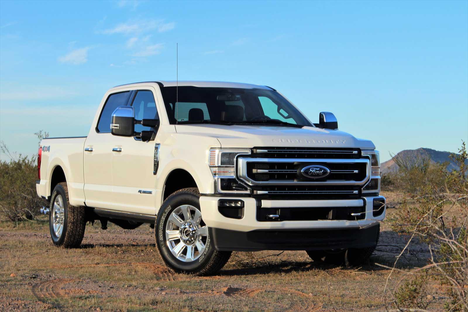 2020 Ford Super Duty: Realtruck - Motor Illustrated