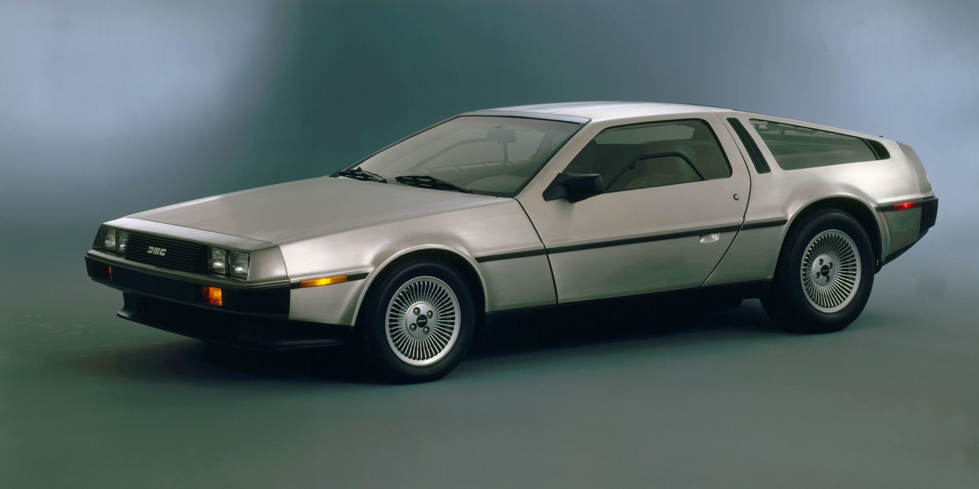 new DeLorean DMC-12
