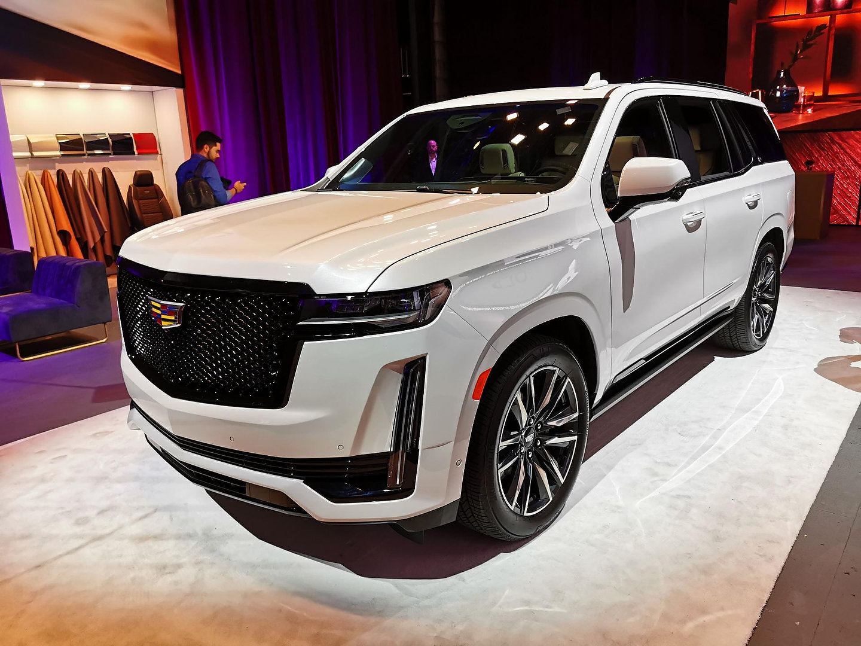 2021 Cadillac Escalade Pricing Announced For Canada ...