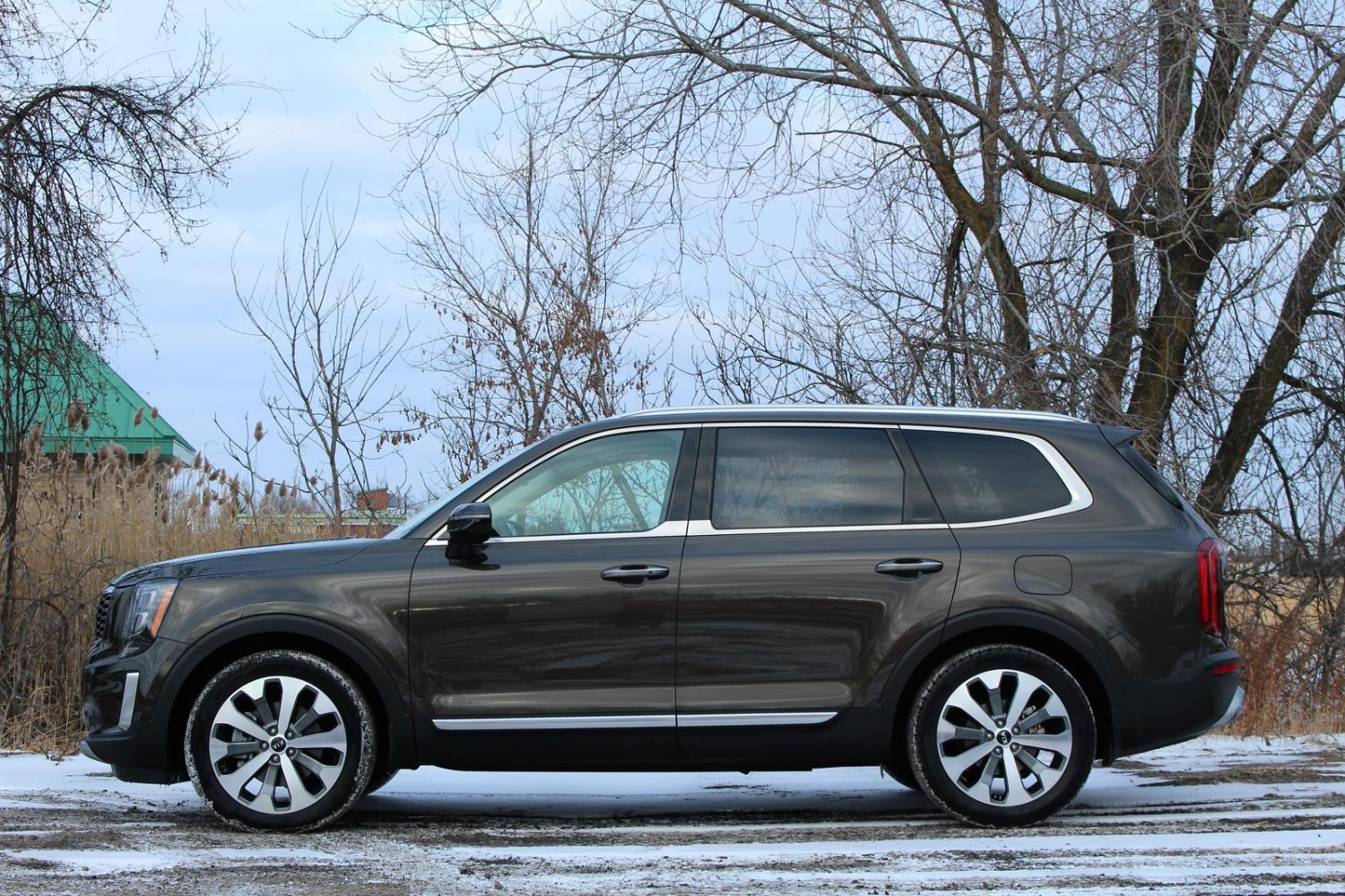 the 2021 telluride nightfall edition is the stealth 3row