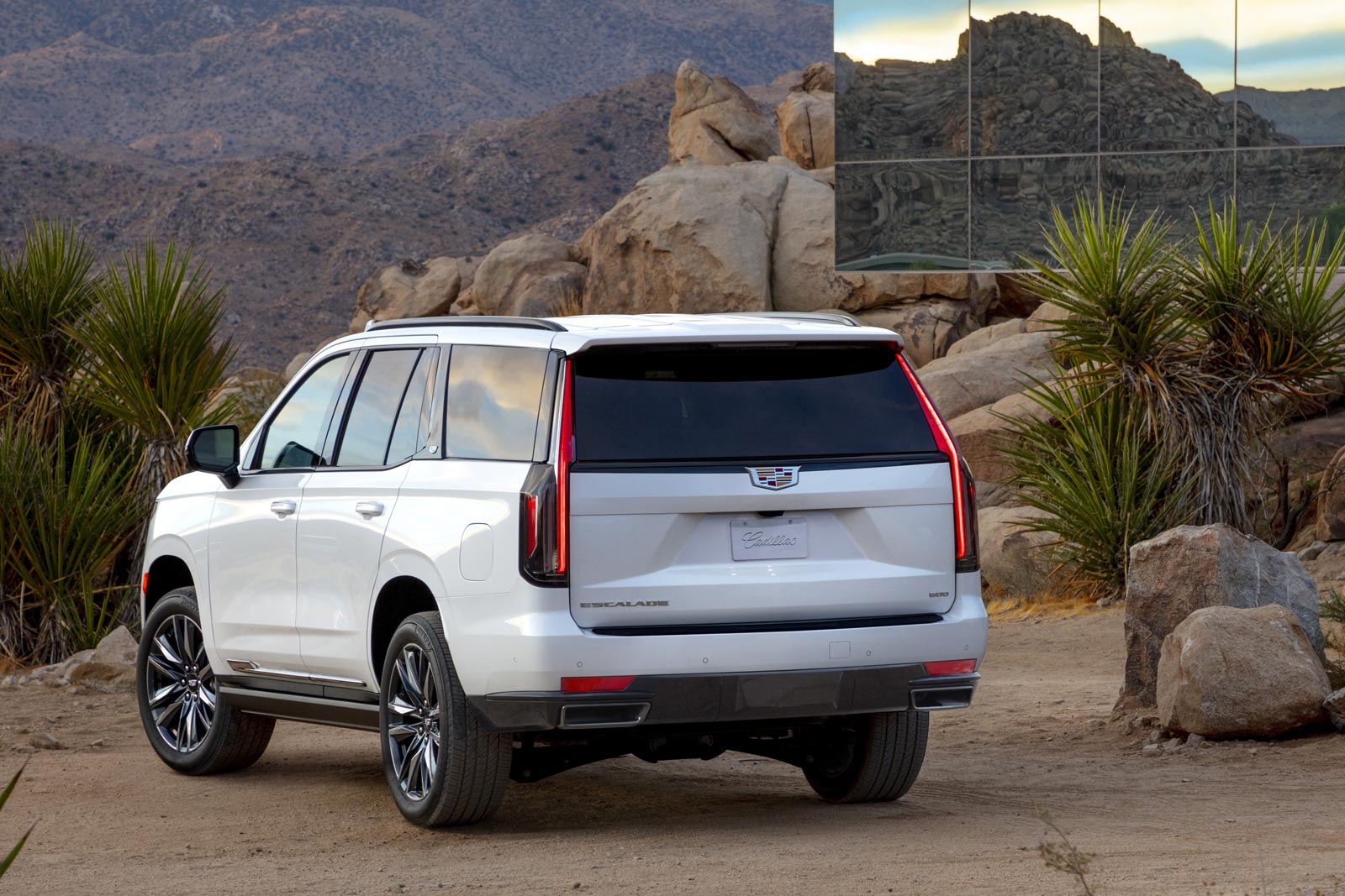 2021 Cadillac Escalade Pricing Announced For Canada Motor Illustrated