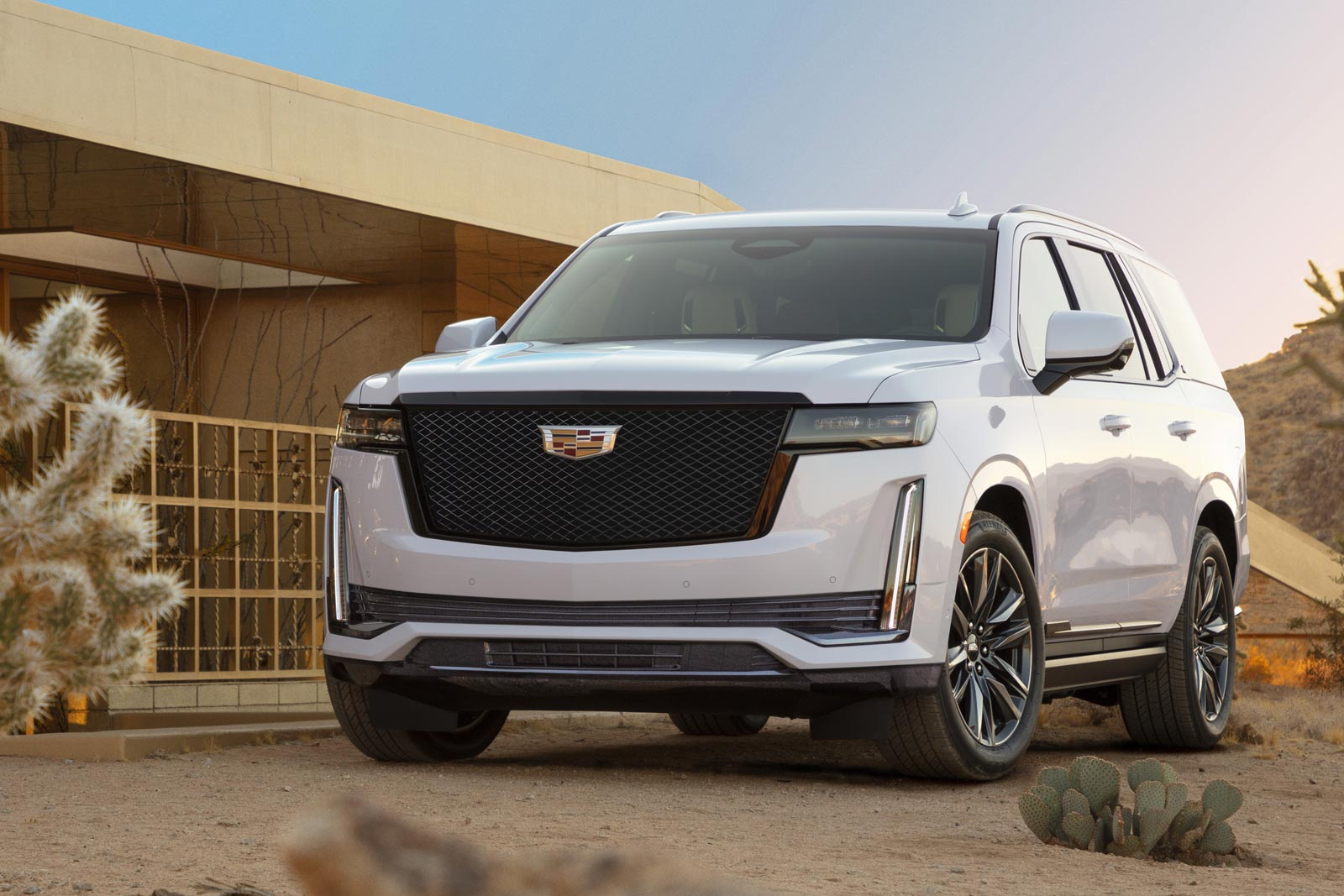 Cadillac Escalade EV in the Works - Motor Illustrated