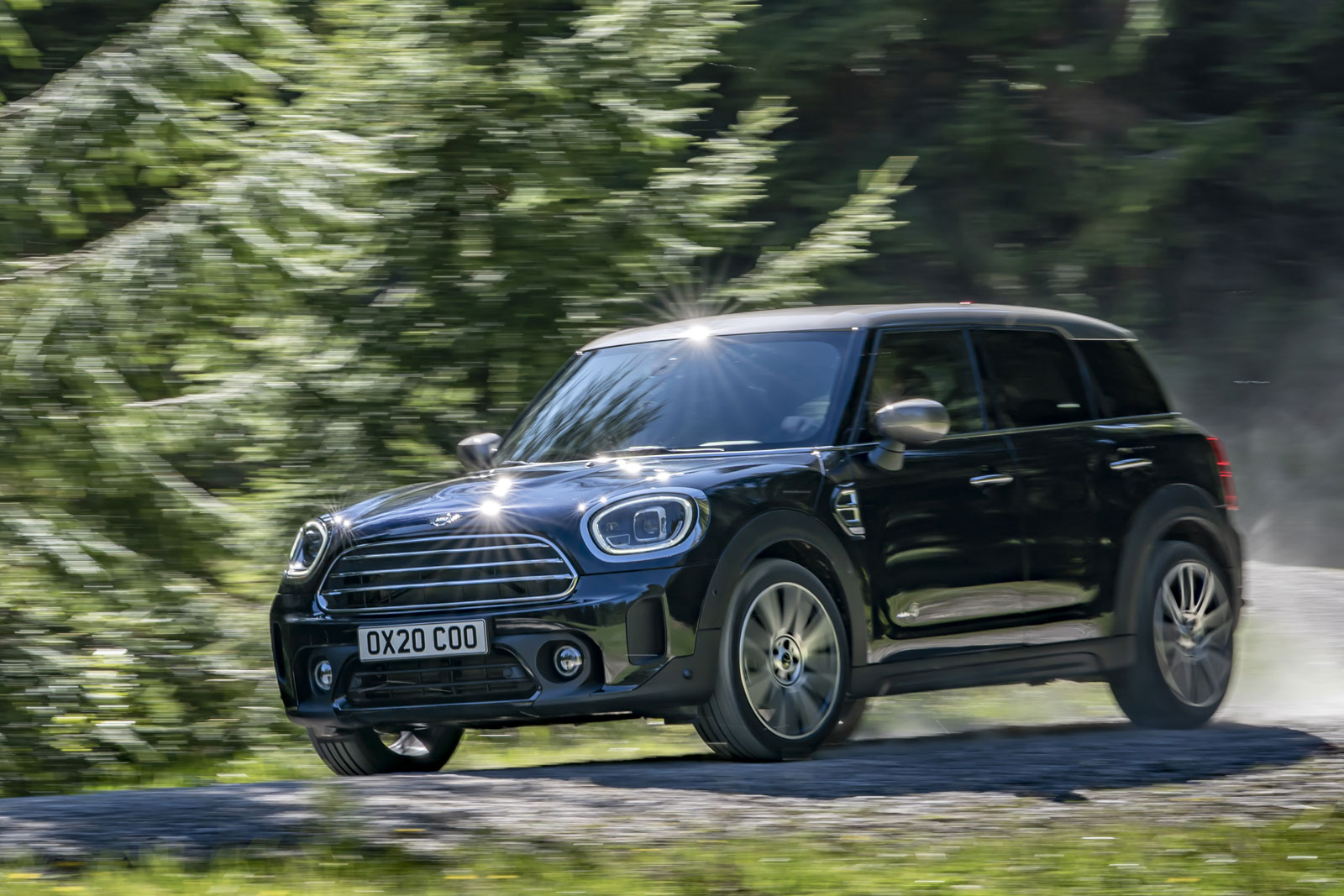 2021 mini countryman gets styling refresh and more features