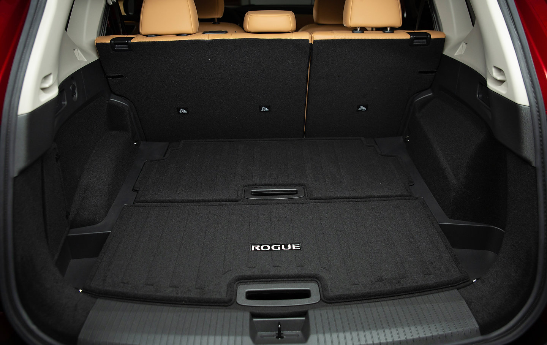 2021 Nissan Rogue cargo