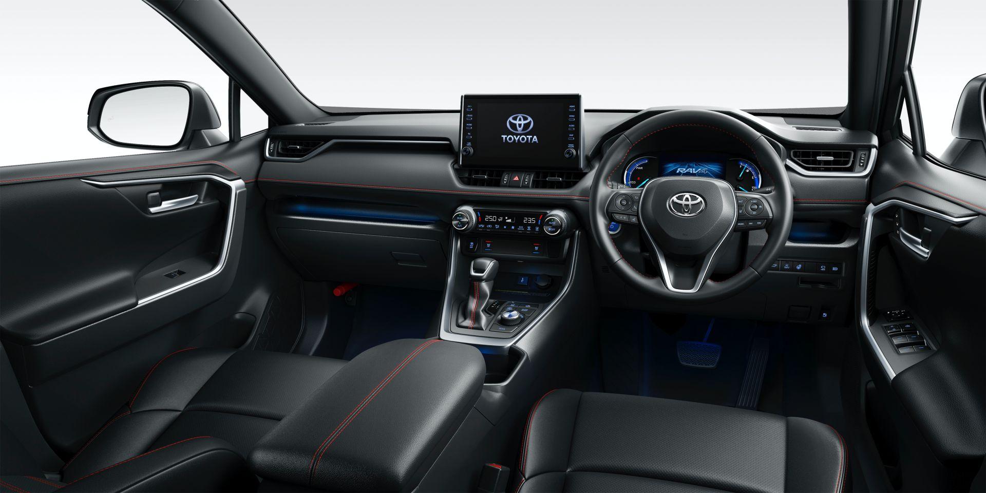 2021 Toyota RAV4 PHV Japan