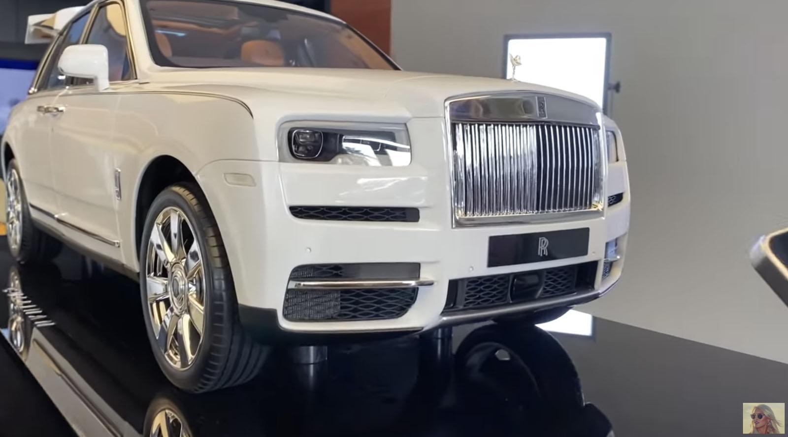 Rolls-Royce Cullinan Scale Model